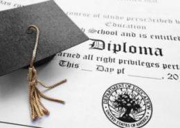 مدرک تحصیلی برای ثبت نام لاتاری